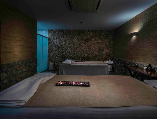The Diamond Deluxe Spa - A Realm of Luxurious Tranquility
